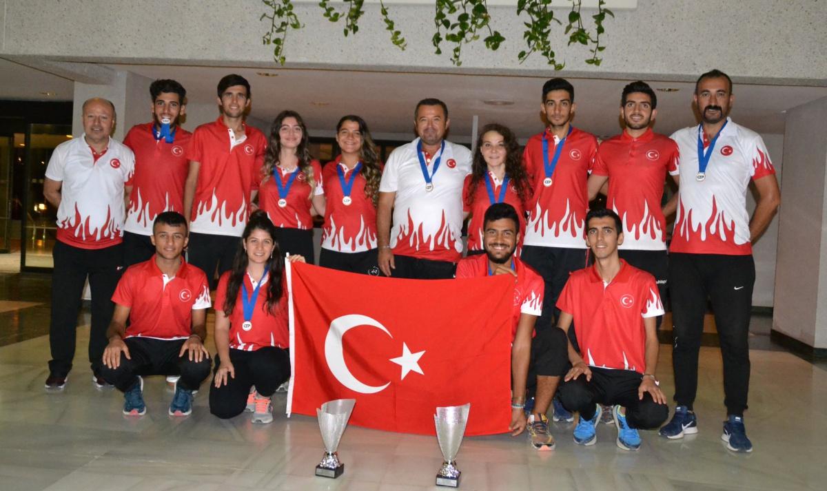 Petank'ta Gençler ve Ümitler Yarıştı